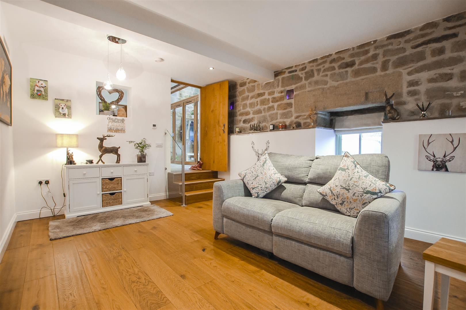 4 Bedroom Barn Conversion For Sale - Living Room